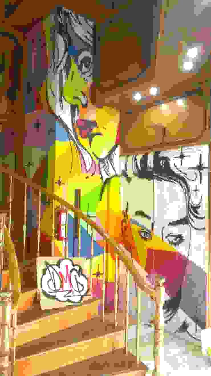 dmg-graffitis Dinding & Lantai Modern