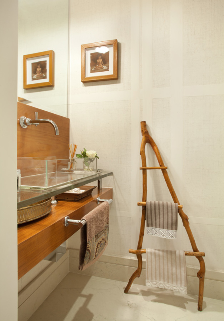 Lavabo Banheiros modernos por Liliana Zenaro Interiores Moderno
