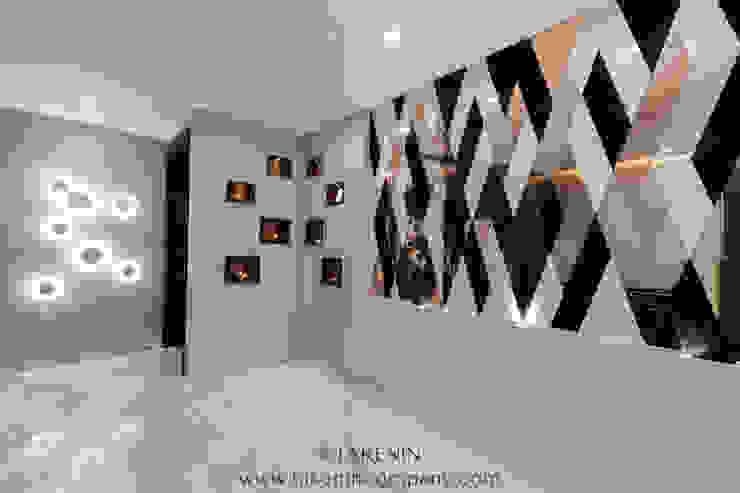 TakenIn Koridor & Tangga Modern