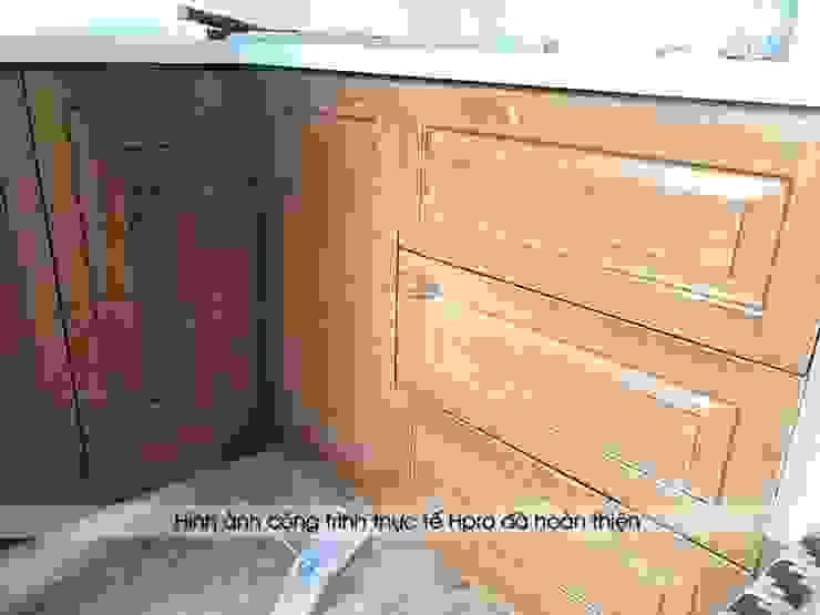 Ảnh thực tế hệ tủ bếp gỗ sồi mỹ dưới của khách hàng người nước ngoài tại Hòa Bình: hiện đại  by Nội thất Hpro, Hiện đại