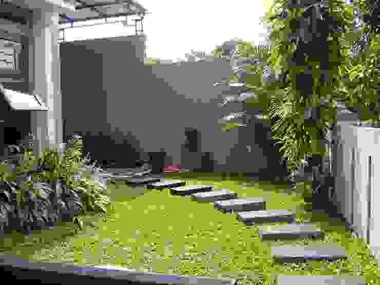 Tukang Taman Surabaya - flamboyanasri Estanques de jardín