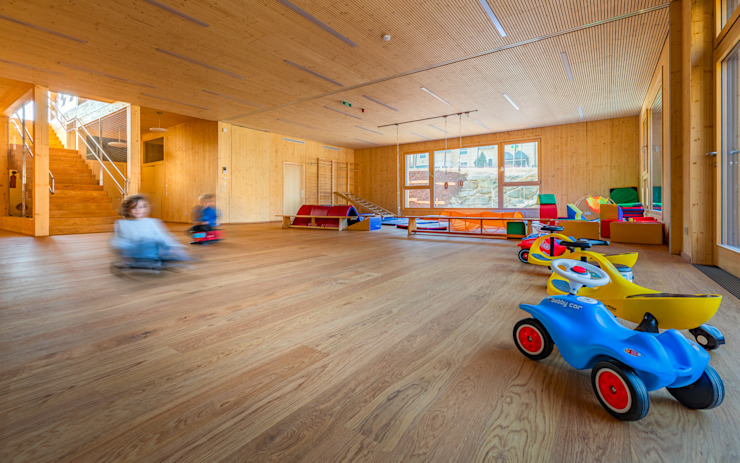 Bewegungsraum Moderne Schulen von archipur Architekten aus Wien Modern Holz Holznachbildung