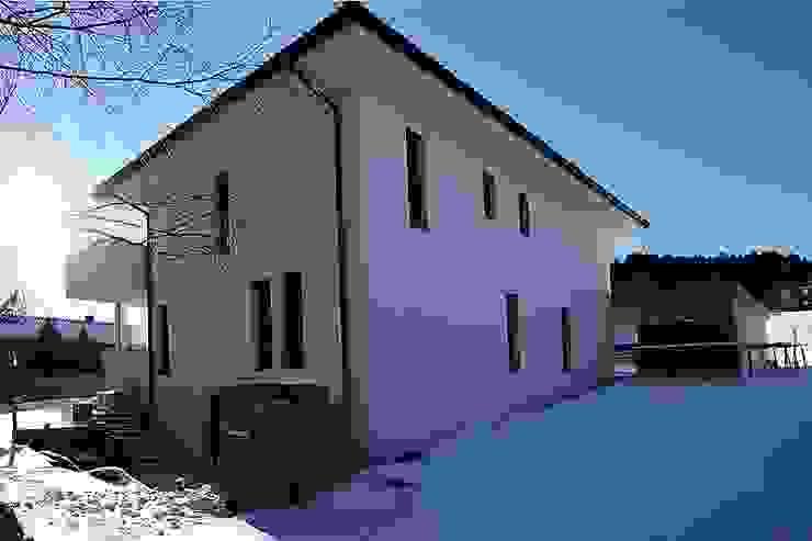 Nordostansicht von archipur Architekten aus Wien Modern Ziegel