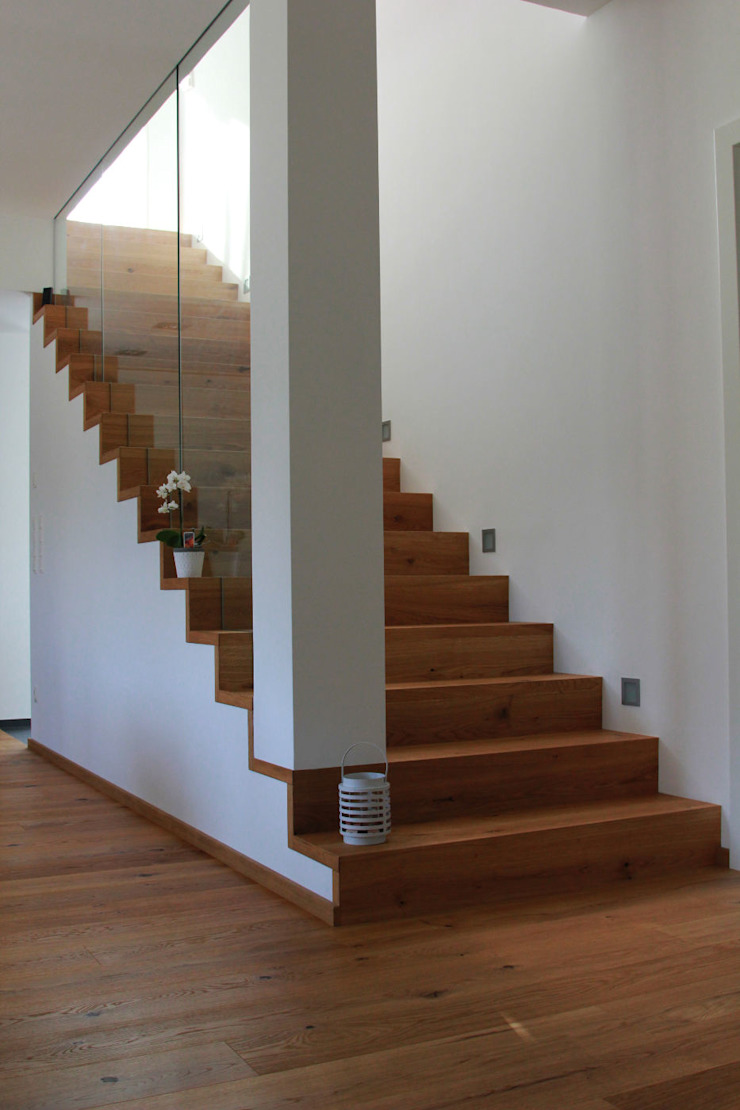 Treppe Antritt von archipur Architekten aus Wien Modern Beton