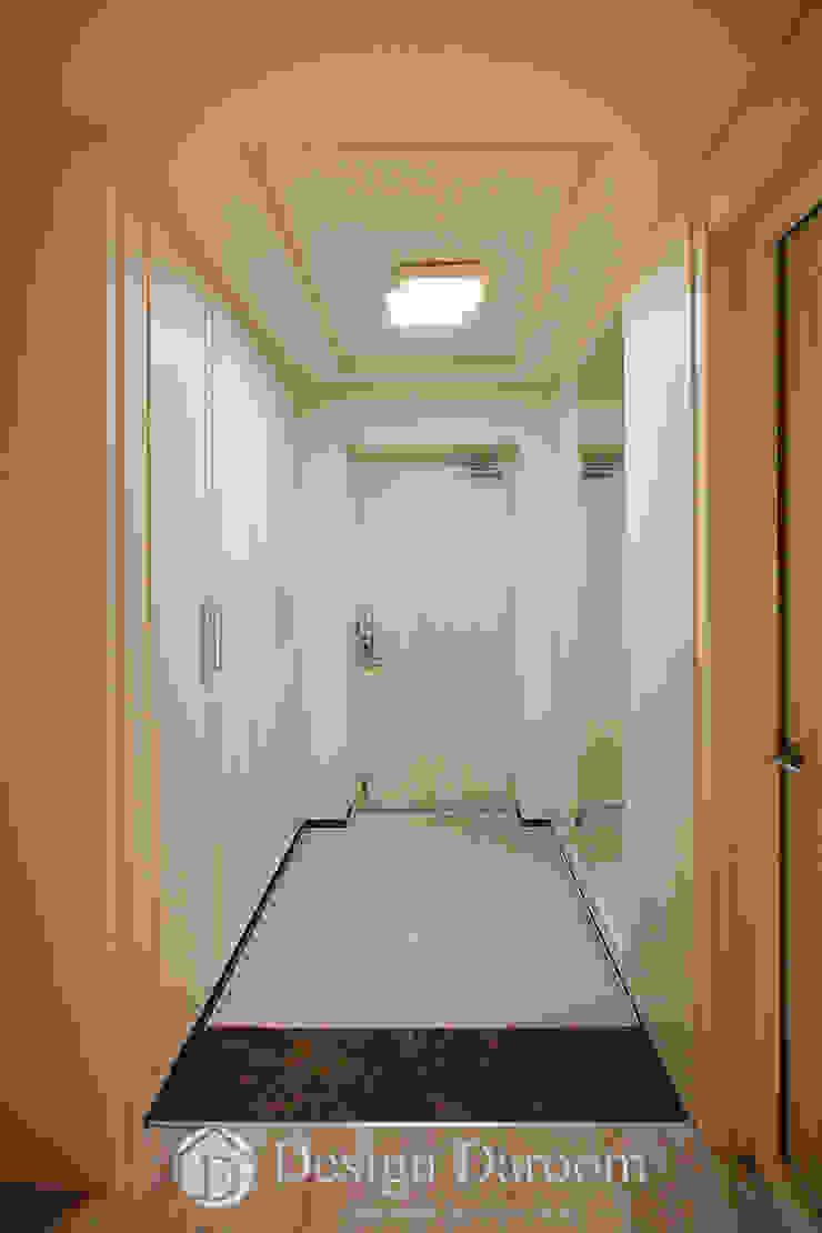 광장동 신동아 파밀리에 32py 현관 모던스타일 복도, 현관 & 계단 by Design Daroom 디자인다룸 모던