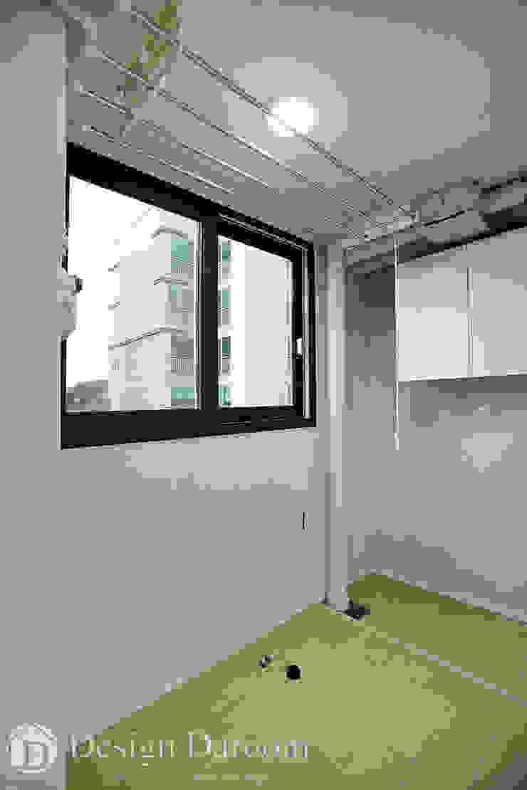광장동 신동아 파밀리에 32py 다용도실 by Design Daroom 디자인다룸 모던