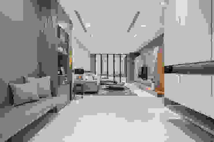 客廳展示 叡觀國際空間規劃 现代客厅設計點子、靈感 & 圖片 大理石 Grey