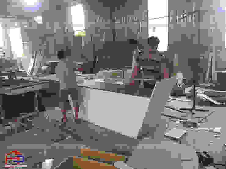 Hpro tiến hành sản xuất nội thất laminate cho nhà hàng Buffet Poseidon- 85 Lê Văn Lương: hiện đại  by Nội thất Hpro, Hiện đại
