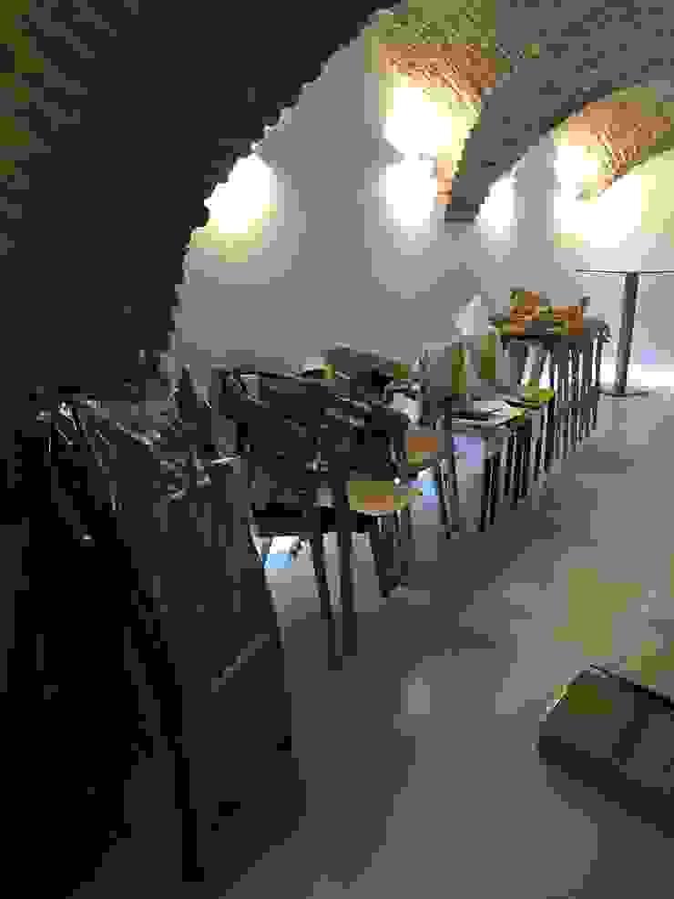 Proyecto Decoración Alojamiento Rural Salones de eventos de estilo moderno de Traza Naranja SLU Moderno