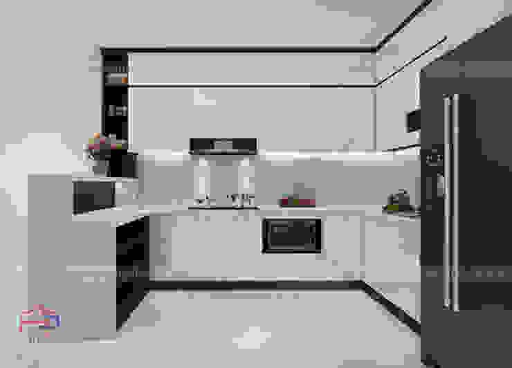 Ảnh 3D thiết kế tủ bếp acrylic chữ L nhà chị Hương ở Sơn La: hiện đại  by Nội thất Hpro, Hiện đại