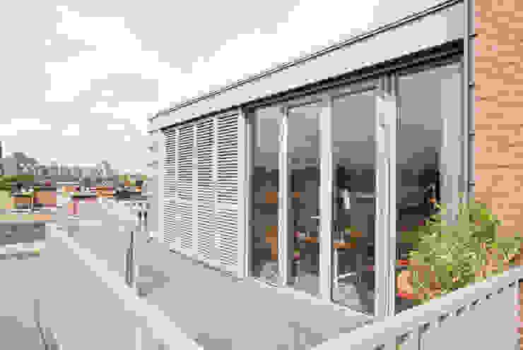 Zinken dakopbouw jaren 30 | Studioschaeffer Studioschaeffer Architecten BNA Balkon