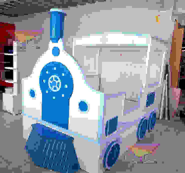 Preciosa cama de locomotora de Kids Wolrd- Recamaras Literas y Muebles para niños Clásico Derivados de madera Transparente