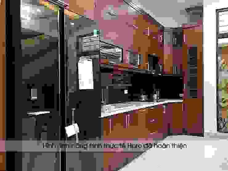 Ảnh thực tế bộ tủ bếp gỗ sồi mỹ tự nhiên nhà anh Phương ở Đức Giang: hiện đại  by Nội thất Hpro, Hiện đại