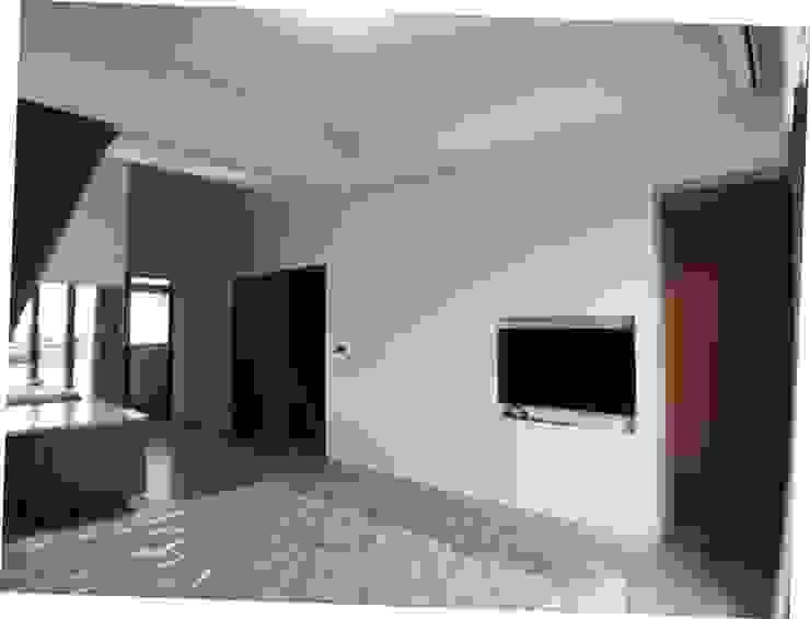 3F臥室電視及更衣室入口 houseda 臥室 水泥 White