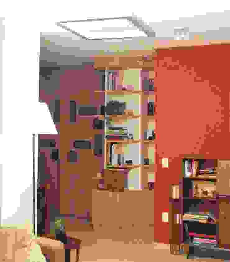 Espaçoarq Arquitetura Ltda BedroomWardrobes & closets Kayu Wood effect