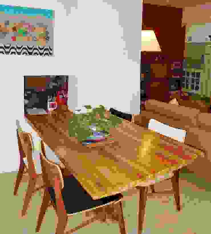 Espaçoarq Arquitetura Ltda Dining roomTables Parket
