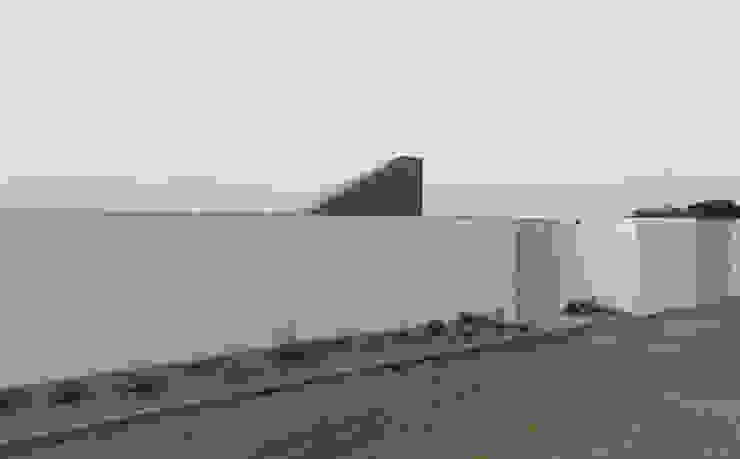 Terrace house by Apaloosa Estudio de Arquitectura y Diseño, Modern