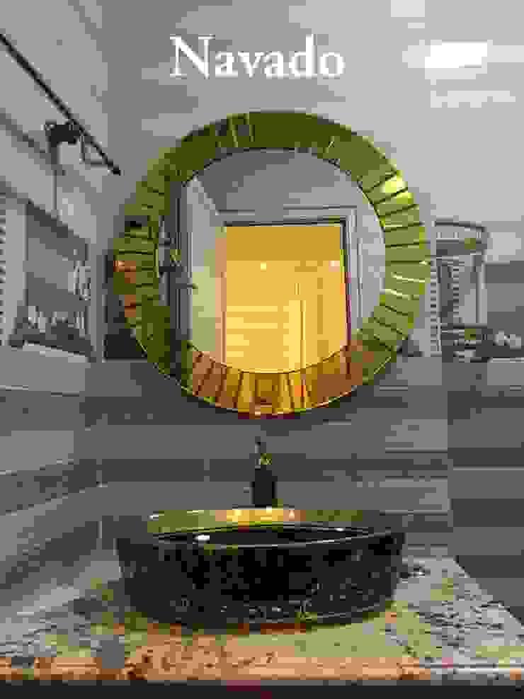 Gương trang trí phòng tắm The Light: hiện đại  by Công ty TNHH Navado Việt Nam, Hiện đại