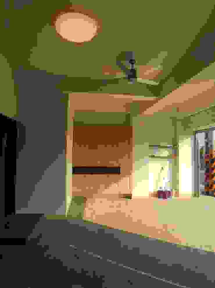 車庫鞋櫃 houseda 鄉村風格的走廊,走廊和樓梯 合板 Wood effect