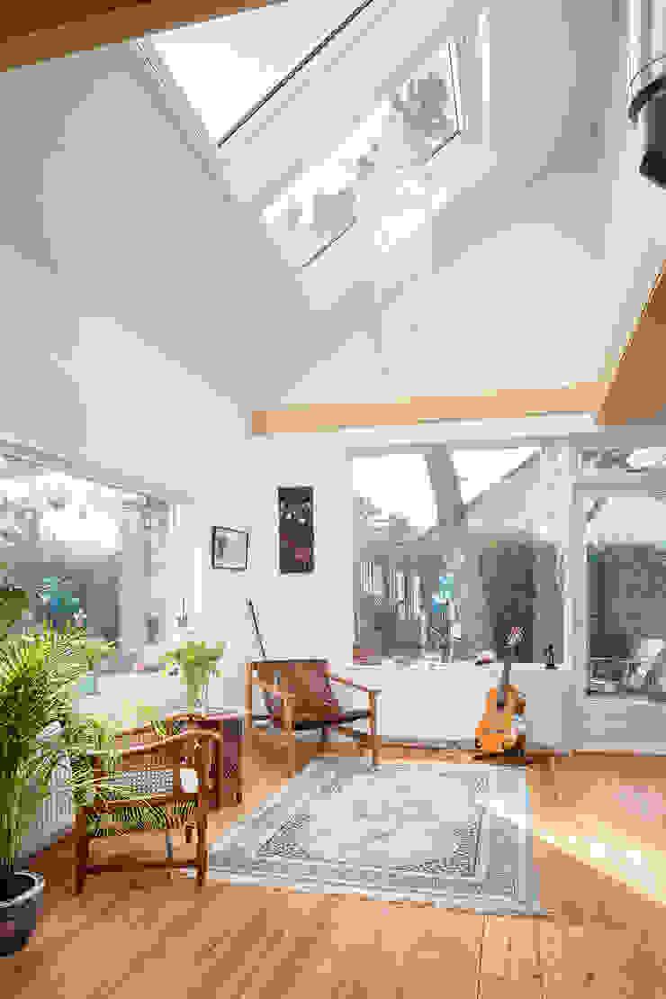 woonkamer interieur jaren 50 bungalow Scandinavische woonkamers van robin hurts architect Scandinavisch Hout Hout