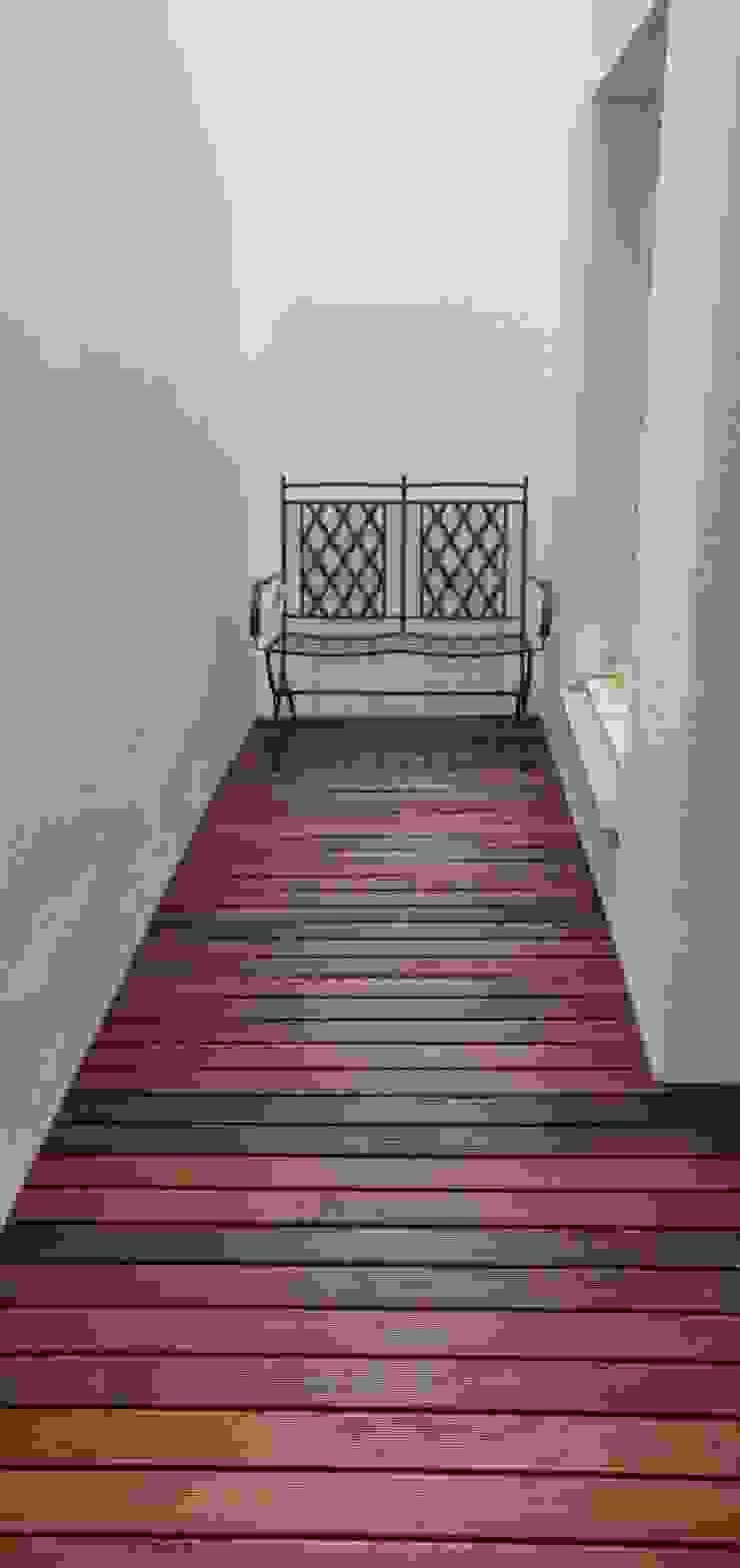 Deck por Grupo Corpe® Moderno Derivados de madeira Transparente