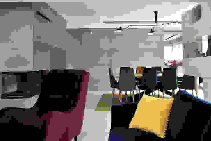 Piotr Stolarek Projektowanie Wnętrz Living room Multicolored