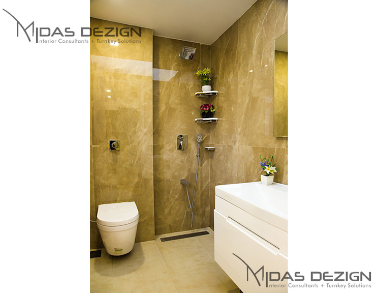 Modern style bathrooms by Midas Dezign Modern