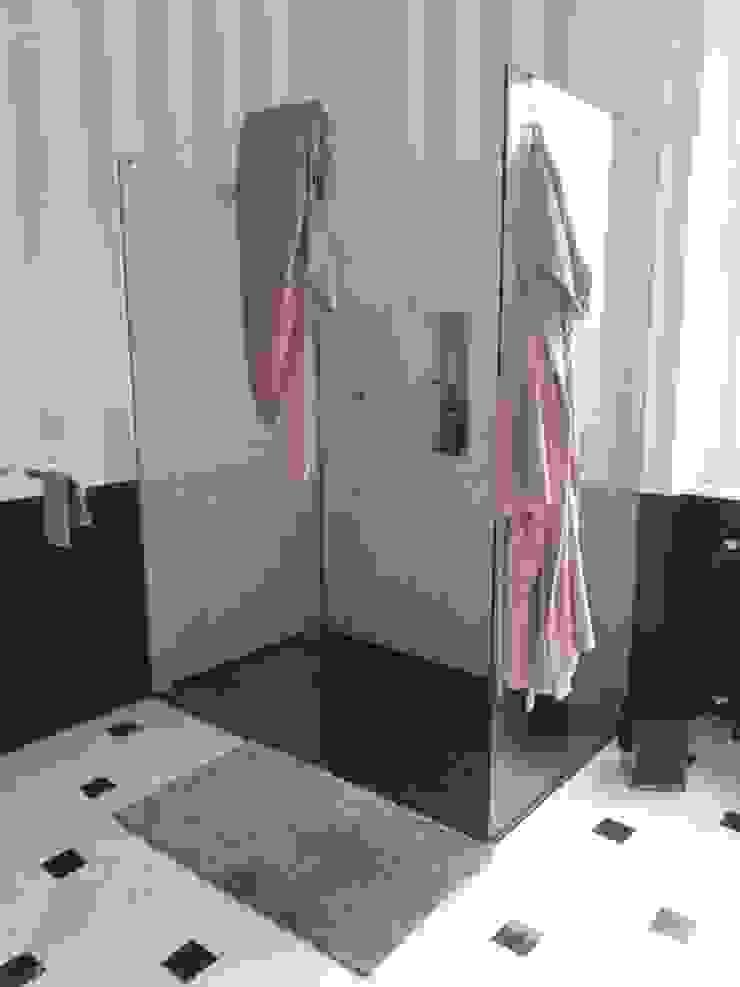 Canalmarmi e Graniti snc Salle de bainBaignoires & douches Granite Noir