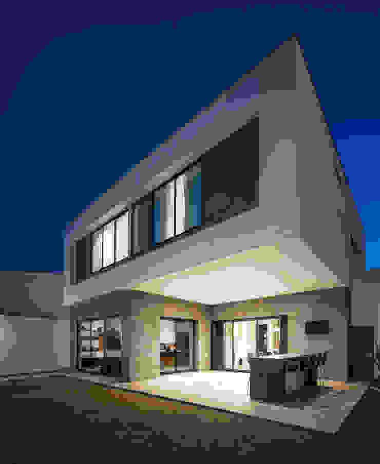 Fachada posterior Casas modernas de Nova Arquitectura Moderno