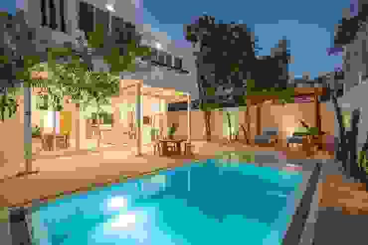 Hipercubo Arquitectura Front yard Concrete White