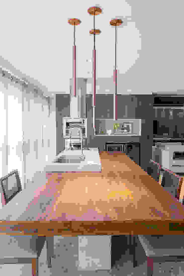 Apartamento MS Salas de jantar rústicas por BEP Arquitetos Associados Rústico