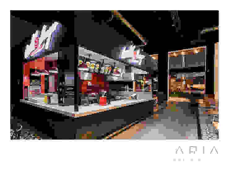 Moderne Ladenflächen von Aria Estudio Modern Fliesen