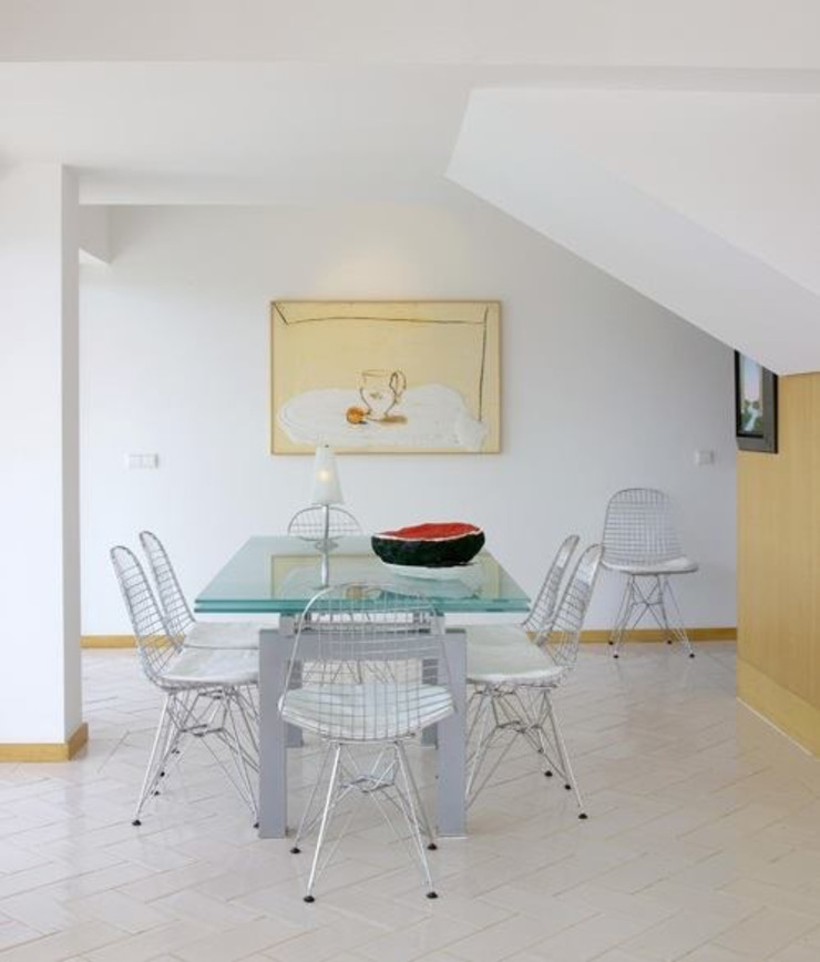 Modern Dining Room by IN PACTO Modern
