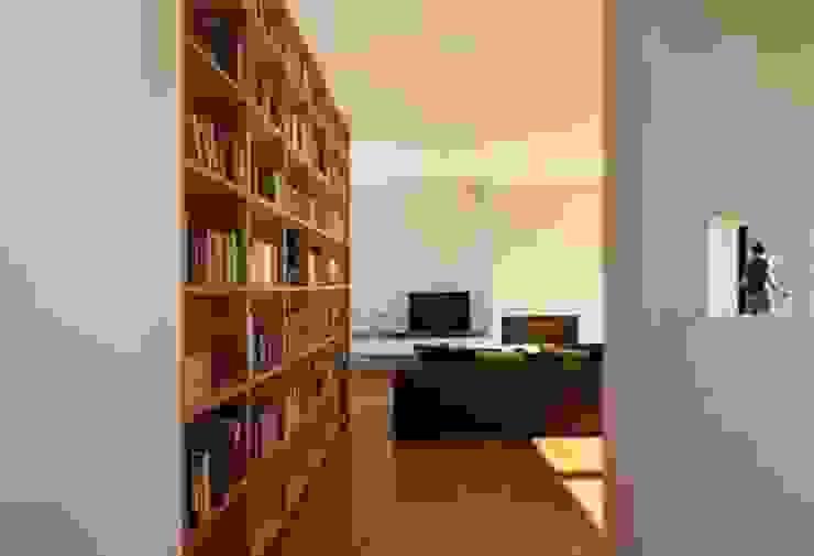 Casa Cidade Salas de estar ecléticas por IN PACTO Eclético