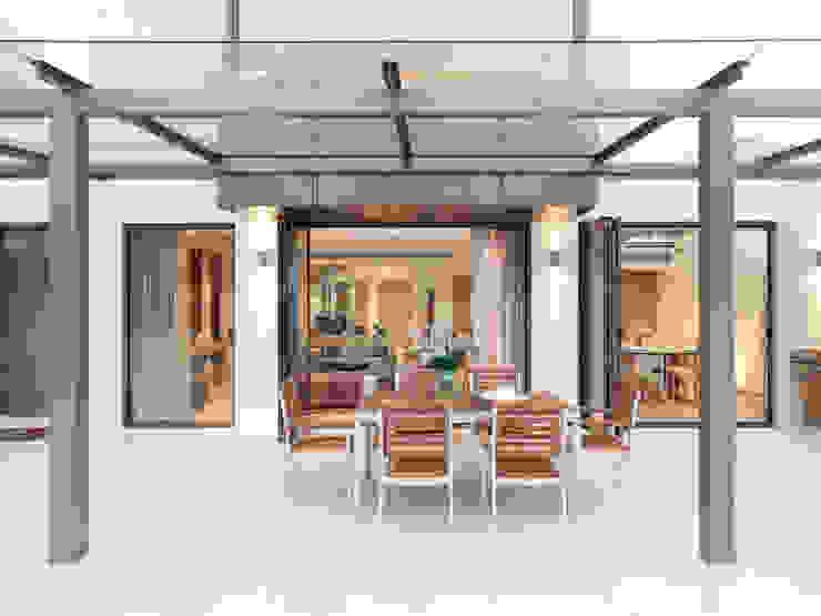 Pok Fu Lam House Modern garden by Original Vision Modern
