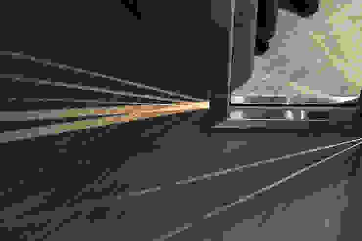 folding door: 現代  by 湜湜空間設計, 現代風