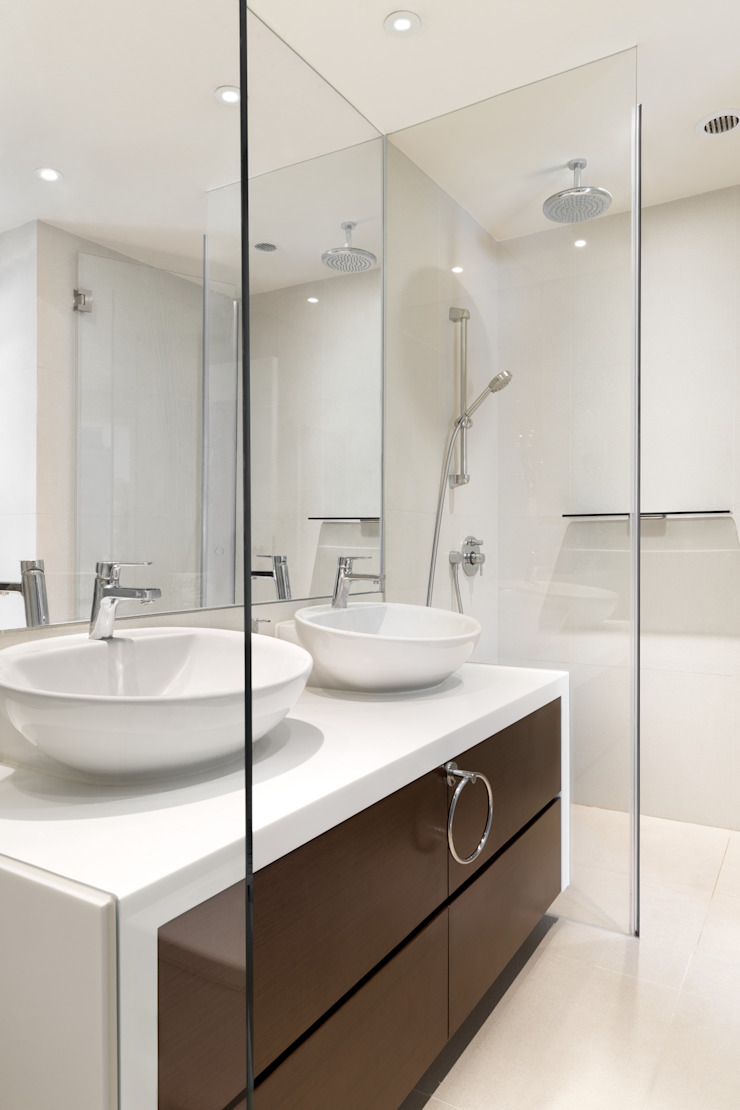 White House Modern bathroom by Original Vision Modern