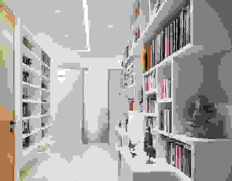 Tai Tam House Modern corridor, hallway & stairs by Original Vision Modern