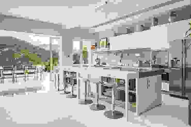 Tai Tam House Modern kitchen by Original Vision Modern