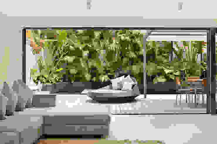 Casa Bosques Modern balcony, veranda & terrace by Original Vision Modern