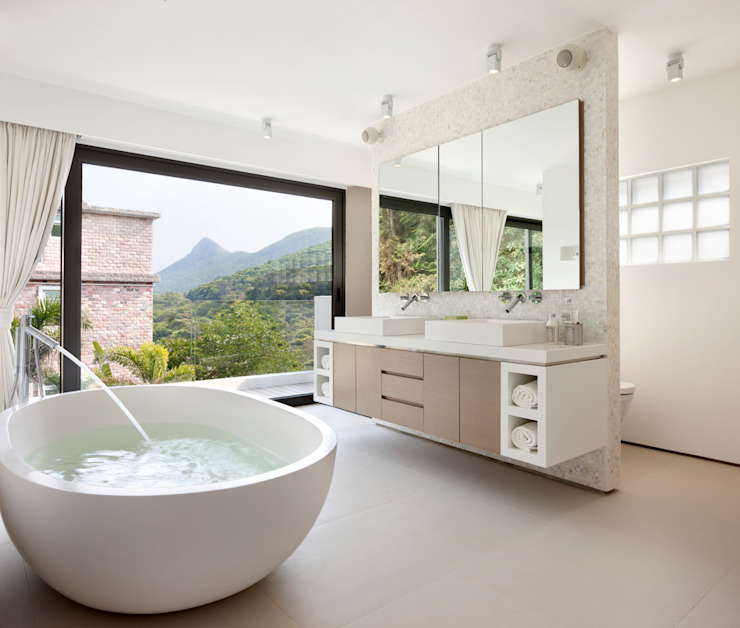 Casa Bosques Modern bathroom by Original Vision Modern