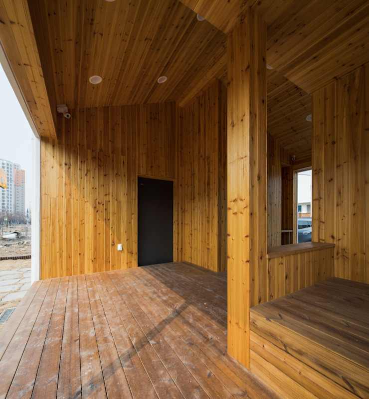 담온가 러스틱스타일 복도, 현관 & 계단 by 소하 건축사사무소 SoHAA 러스틱 (Rustic)