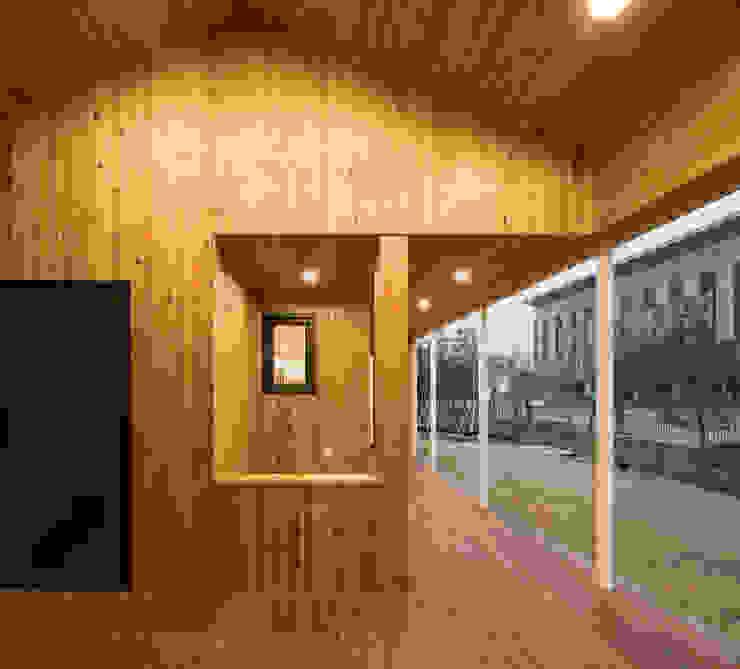담온가 러스틱스타일 발코니, 베란다 & 테라스 by 소하 건축사사무소 SoHAA 러스틱 (Rustic)