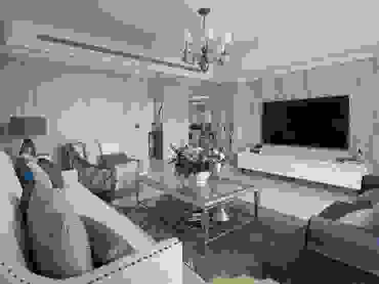 理絲室內設計有限公司 Ris Interior Design Co., Ltd. Living room