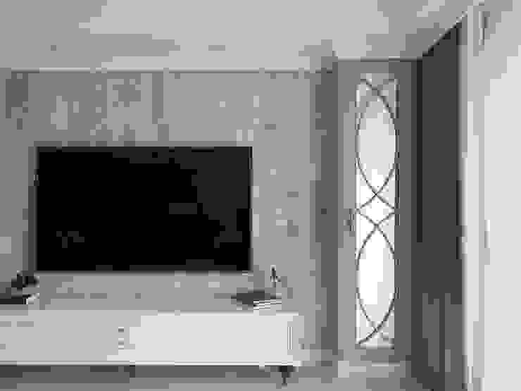 理絲室內設計有限公司 Ris Interior Design Co., Ltd. Living roomTV stands & cabinets
