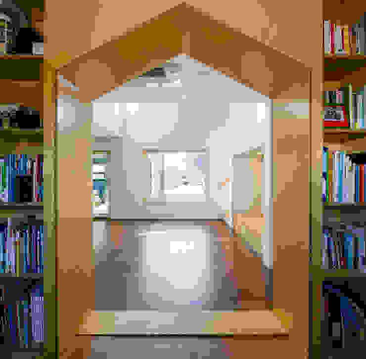 소복소복하우스 스칸디나비아 서재 / 사무실 by 소하 건축사사무소 SoHAA 북유럽