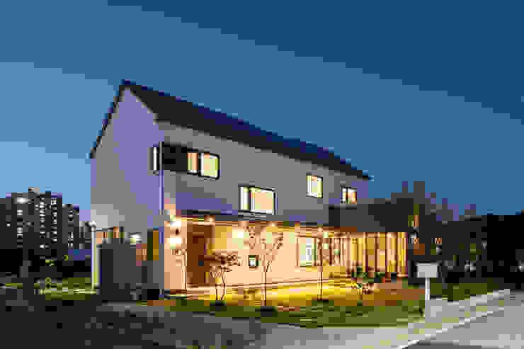 소복소복하우스 스칸디나비아 주택 by 소하 건축사사무소 SoHAA 북유럽