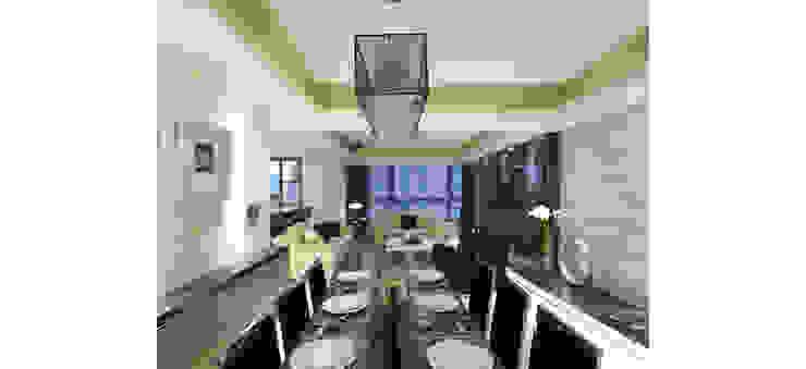 黑色的餐桌椅與白色的空間呈現對比: 現代  by 鼎爵室內裝修設計工程有限公司, 現代風