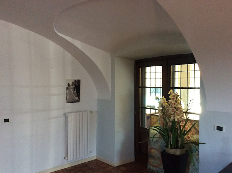STUDIO ARCHITETTURA SPINONI ROBERTO Ruang Keluarga Gaya Rustic