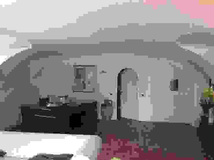 STUDIO ARCHITETTURA SPINONI ROBERTO Rustic style corridor, hallway & stairs